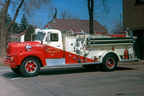 1960internationalR185Fire